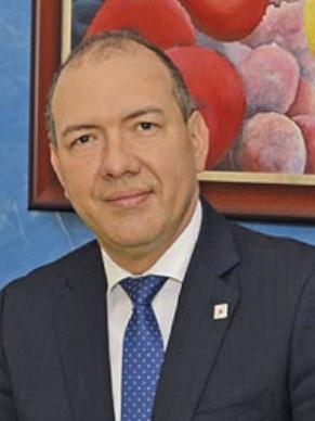 Dr. Carlos Montero
